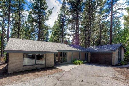 Fabulous House with 2 BR & 2 BA in Incline Village (IVH0669) - Image 1 - Incline Village - rentals