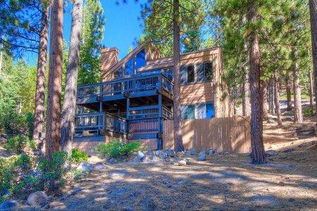 Perfect Vacation Getaway in Incline Village- IVH1431 - Image 1 - Incline Village - rentals