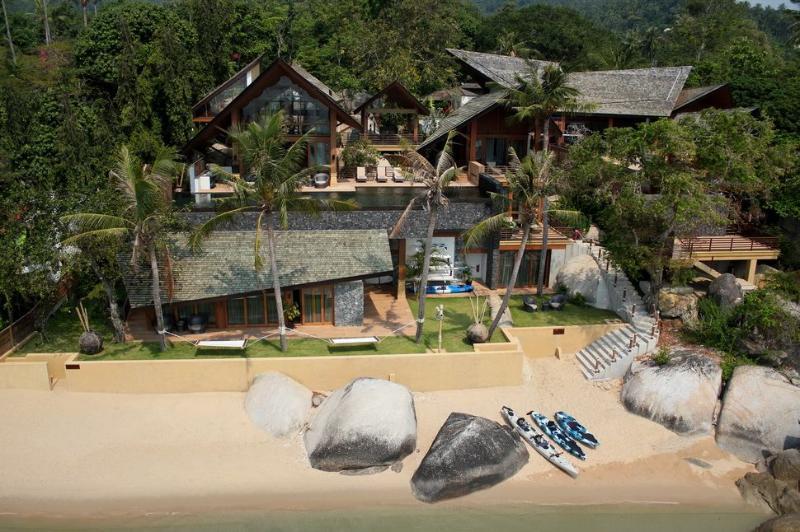 Baan Hinta and Baan Hinyai: This modern beach front development features two epic villas   - Baan Hinta, Modern Lamai Beach House for Wedding, Family, Big Groups - Lamai Beach - rentals