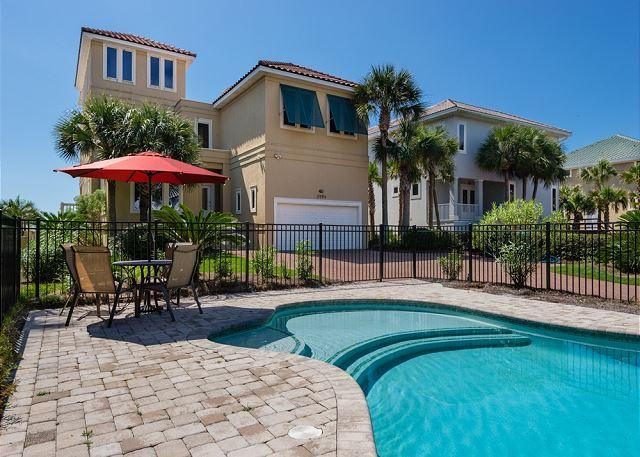 The Front of the House Featuring the Pool - Beautiful GulfFront Home in Crystal Beach w/Private Pool & Free Beach Service - Destin - rentals