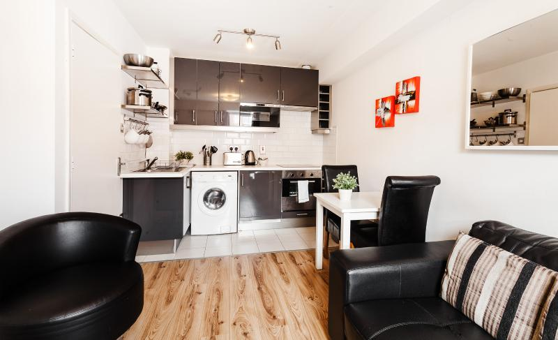 Parnell Street One Bedroom Apartment - Image 1 - Dublin - rentals