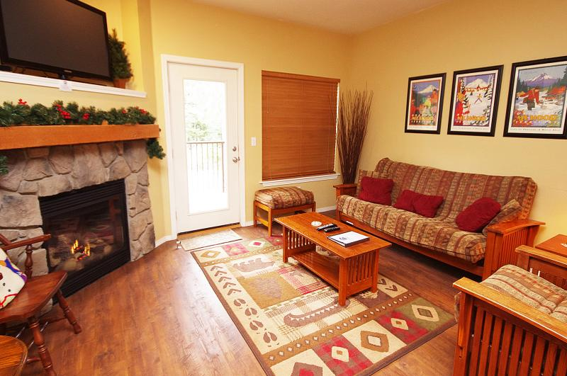 Living Room with Tv & Gas Fireplace - Listing #392176 - Bright Chalet, Pool & Hot Tub! Spring Savings! - Government Camp - rentals