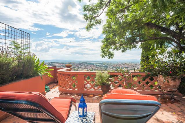 Casita Ruby - Centro with a Million Dollar View - Image 1 - San Miguel de Allende - rentals