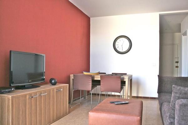 1521 - Corsega Sagrada Familia Apartment - Image 1 - Barcelona - rentals