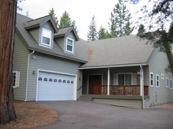 Front of home - Almanor West Near Boat Launch & Bike Trail - Lake Almanor - rentals