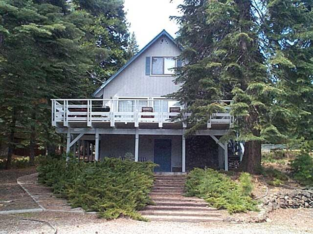 Front of Home - Wills - Country Club Cabin with a Peek of the Lake! - Lake Almanor - rentals