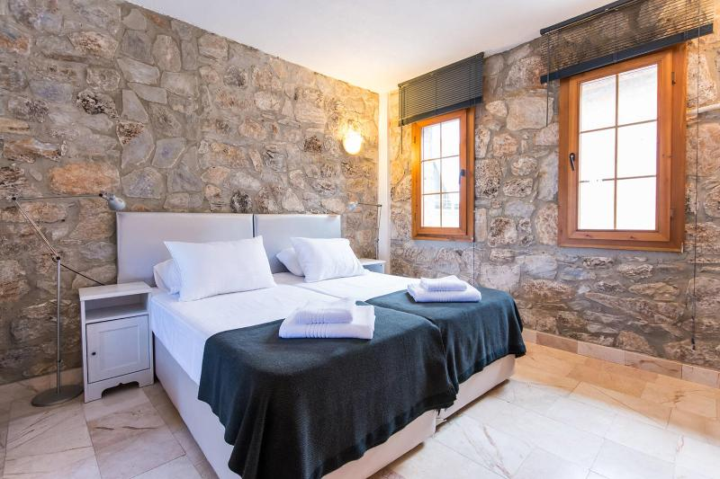 The Cloisters Master Bedroom - The Cloisters Lower House - Selcuk - rentals