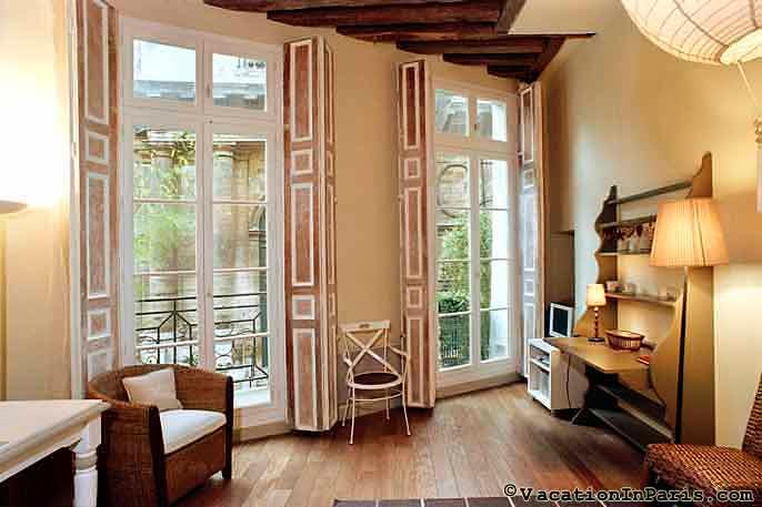 Saint Honore-Louvre One Bedroom with Balcony, A/C! - Image 1 - Paris - rentals