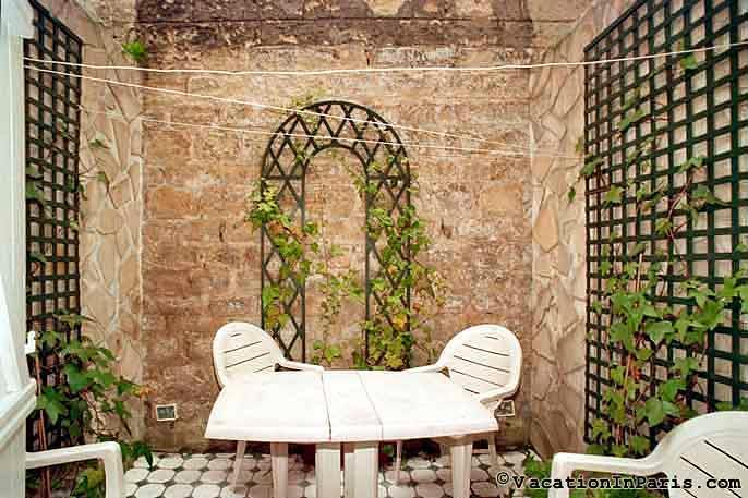 Paris Garden Studio - ID# 2 - Image 1 - Paris - rentals