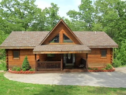 Front view - All Wood 4 bedroom Log Cabin, hot tub, SPECIALS - Ridgedale - rentals