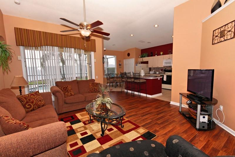 King Palms - Pool with Spa, Games Room & Free WiFi - Image 1 - Kissimmee - rentals