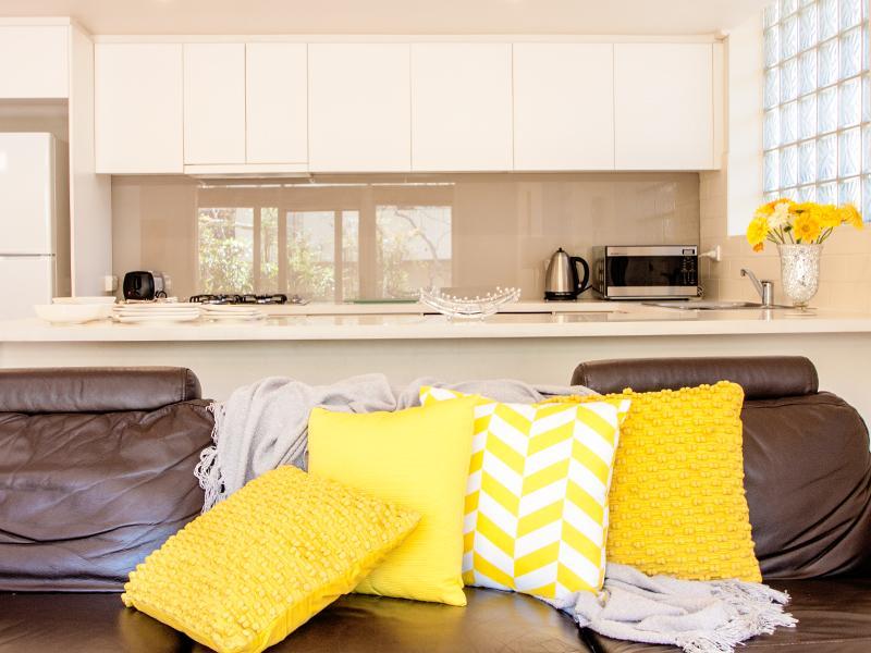 LOUNGE - SOUTH YARRA -  RESORT LIVING  -   POOL - Melbourne - rentals