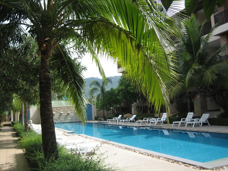 Pool outside apartment - Ground floor apartment next to the pool. - Chaweng - rentals