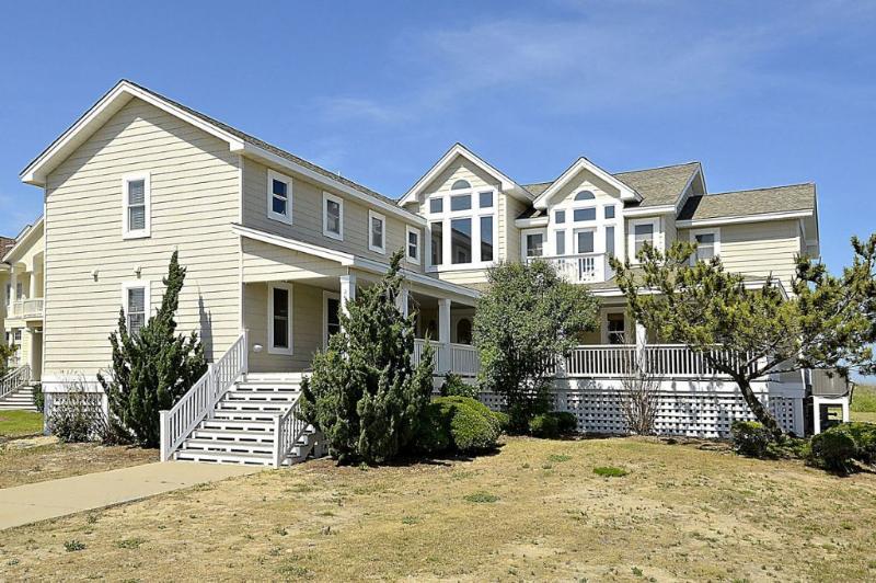 Exterior Front - Bartlett Skipper - Southern Shores - rentals