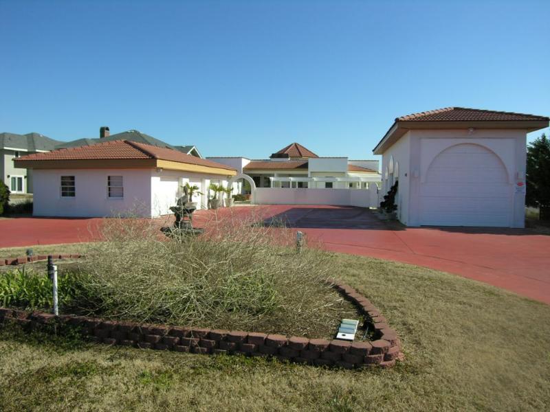 Front Elevation - Casa De Romance - Southern Shores - rentals