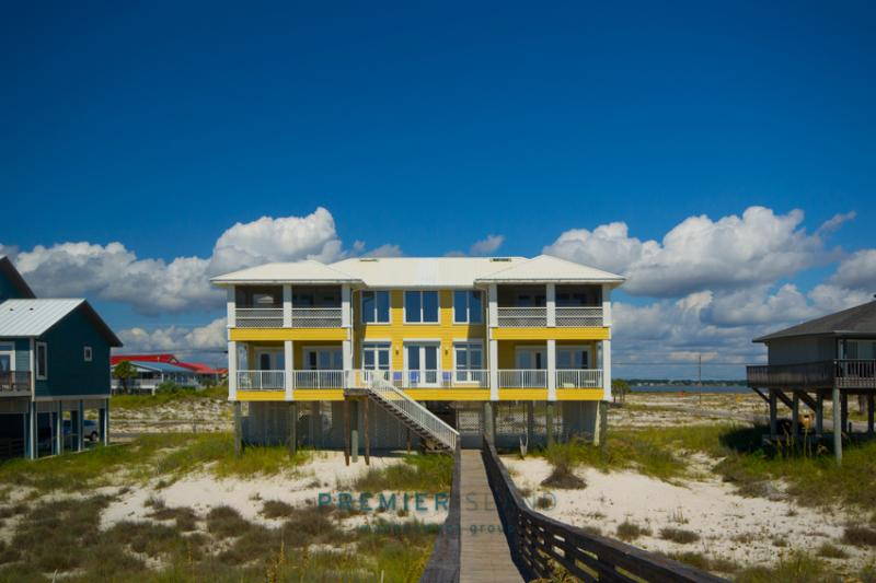4BR Beach House on the Gulf of Mexico in Navarre - Image 1 - Navarre - rentals
