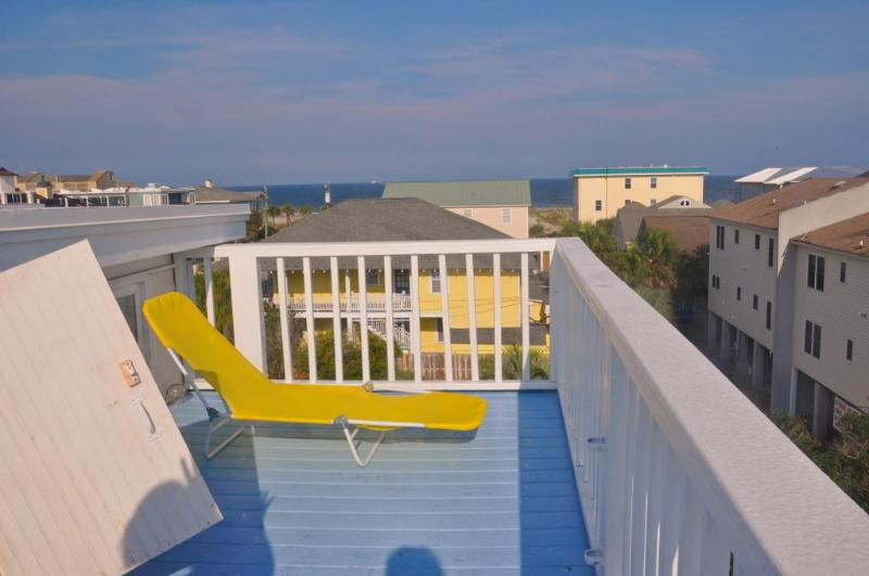 View from observation deck - Turn of century beach house-5 houses from ocean - Tybee Island - rentals