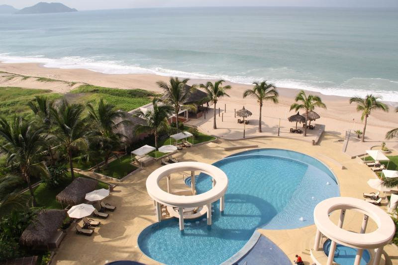 Ocean views from private terrace. - Perico: Quintas del Mar II 604 - Mazatlan - rentals