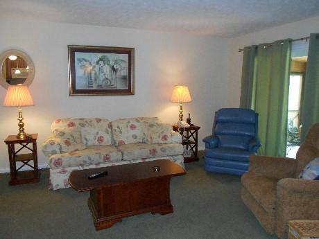 Living Room - 092-1 - Bronston - rentals