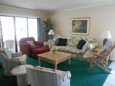 Living Room - 056-4 - Bronston - rentals