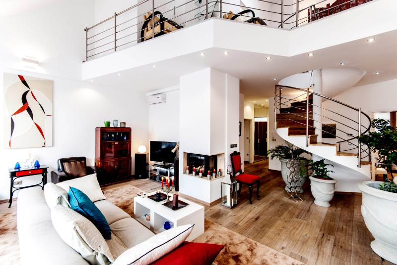 Four bedrooms Andrássy Penthouse with hot tub - Image 1 - Budapest - rentals