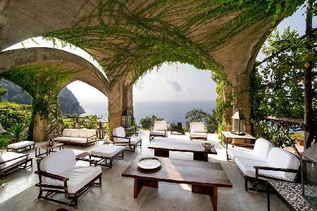 Villa Luisa - Quiet, renovated villa outside of Maiori with saltwater infinity pool - Image 1 - Maiori - rentals