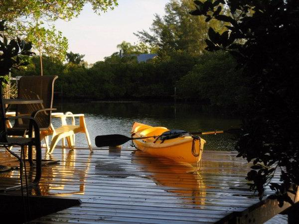 Dock with Kayak - SUMMER BREEZE - Anna Maria - rentals