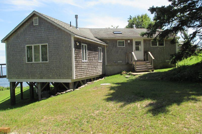 66 LOOP ROAD | GEORGETOWN, MAINE | INDIAN POINT | OCEAN VIEWS | BEACH ACCESS - Image 1 - Georgetown - rentals