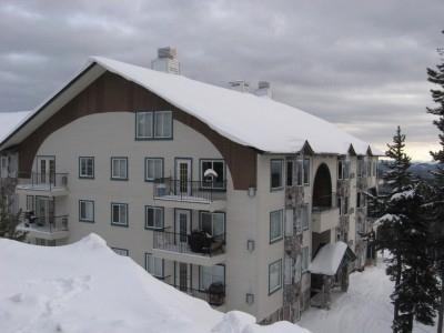 Chateau on the Ridge B - Image 1 - Big White - rentals