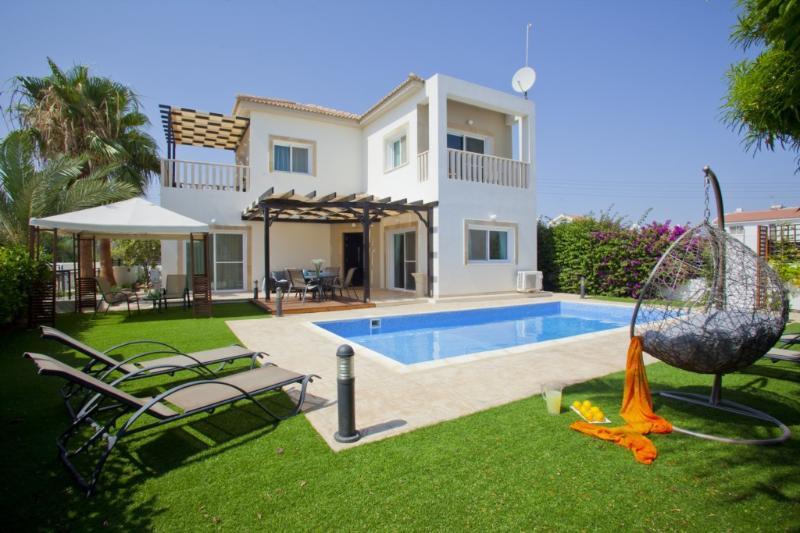 ANAV9 Villa Atlantis - Image 1 - Liopetri - rentals