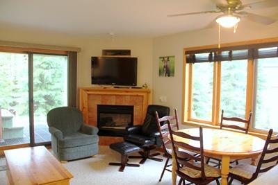Living Area - Snow Creek Village - SC37 - Sun Peaks - rentals