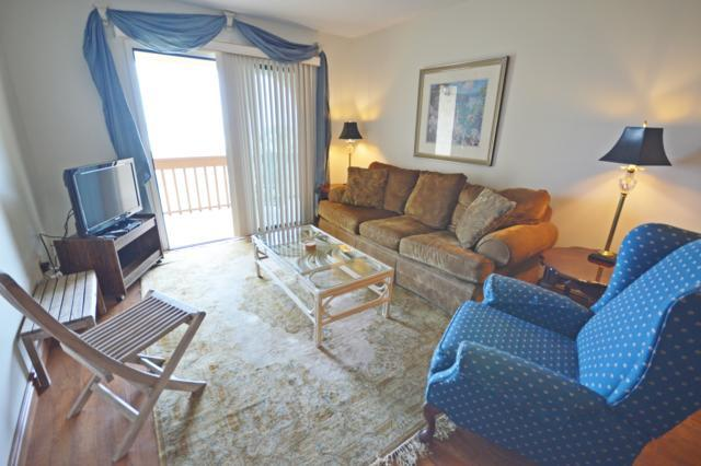 Livingroom - 5322 Ocean Front 3rd Floor - Saint Augustine Beach - rentals