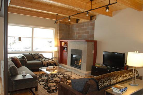Blackhawk townhome living room - 2912 Blackhawk Townhomes - Steamboat Springs - rentals