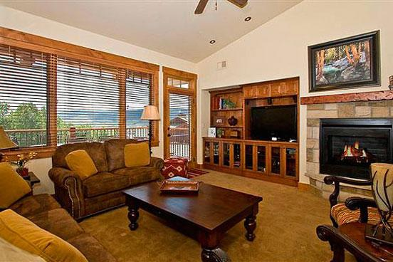 Emerald Lodge Living Room - 5301 - 5301 Emerald Lodge, Trappeurs - Steamboat Springs - rentals