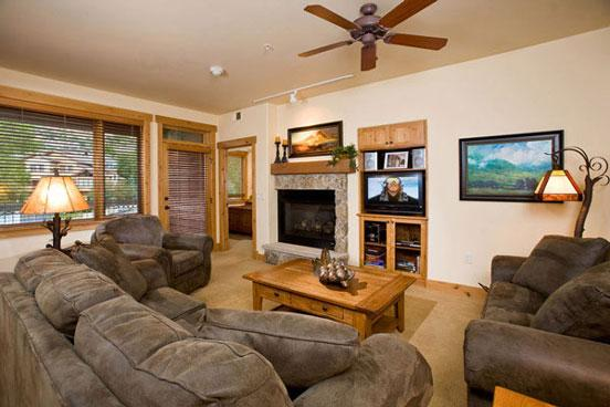Living Room - Aspen Lodge - 4202 - 4202 Aspen Lodge, Trappeurs - Steamboat Springs - rentals