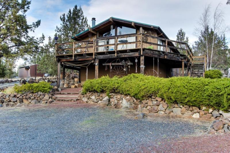 Rustic and historic dog-friendly cabin on two acres with beautiful views! - Image 1 - Madras - rentals