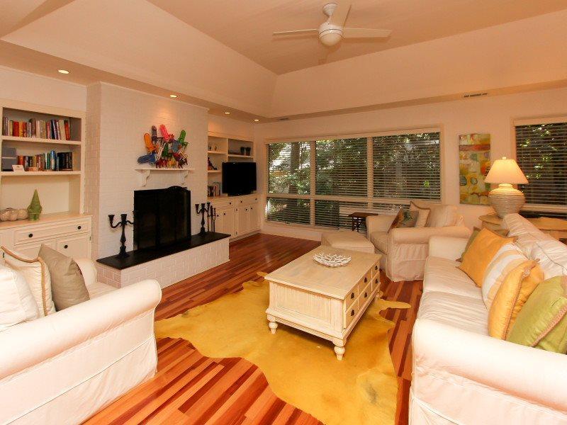 Living Room at 28 Battery Road - 28 Battery Road - Sea Pines - rentals