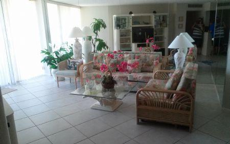 Living - Comfortable beachfront unit in lovely gated Resort on the beach - Marco Island - rentals