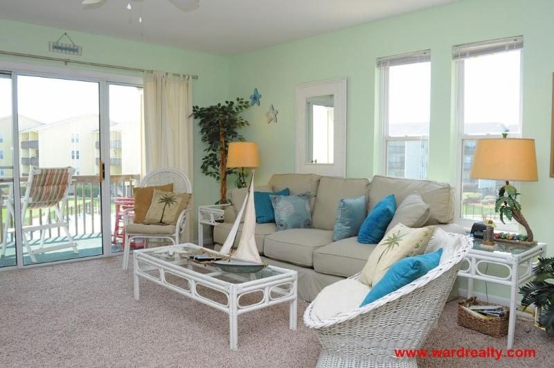 Living Room w/ Queen Sleeper - The Lazy Palm - Surf City - rentals