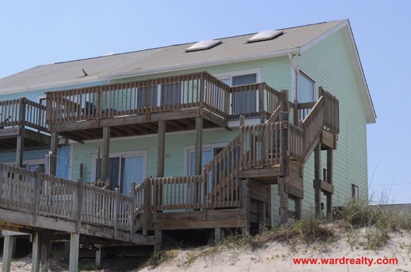 Oceanfront Exterior - Grumpy's - Surf City - rentals
