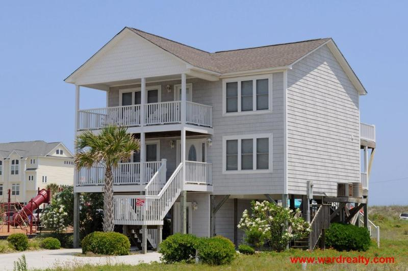 Mermaid Avenue Streetside Exterior - Mermaid Avenue - Surf City - rentals