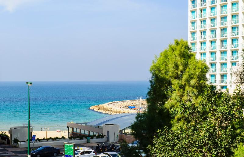Full Beach View! Large Sun Terrace, Parking! - Image 1 - Tel Aviv - rentals