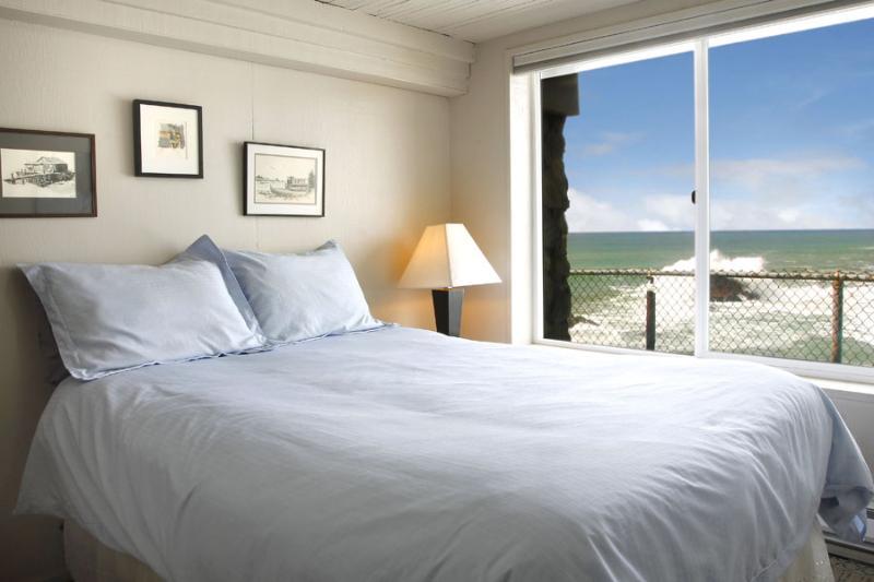 Bedroom 2 - Pacific Dream - Bodega Bay - rentals