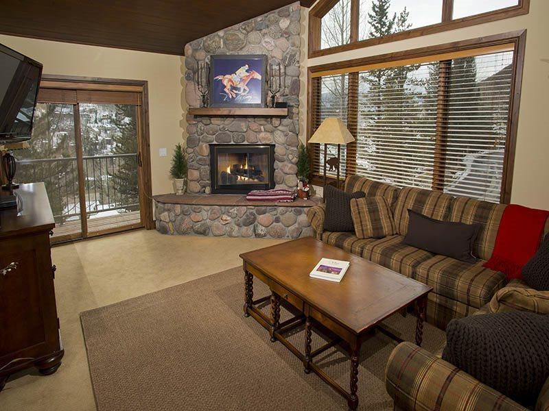 Enjoy this very comfortable vacation townhome in Vail, Colorado. - Image 1 - Vail - rentals