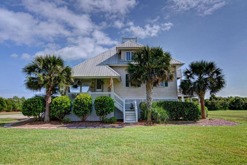1 Cape Ln - Cape Lane 1 Oceanview! | Community Pool, Hot Tub, Jacuzzi, Fireplace, Internet - North Topsail Beach - rentals