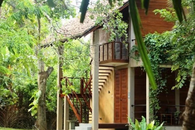 Double room in upper floor villa - Beach  Front  Villa Tangalle - Tangalle - rentals