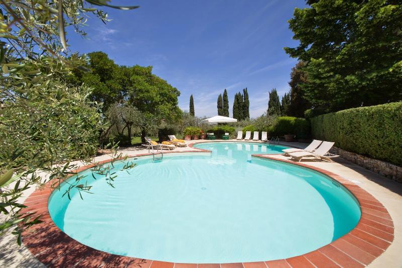 7 bedroom Villa in Barberino Val d Elsa, Chianti, Tuscany, Italy : ref 2293849 - Image 1 - San Donato in Poggio - rentals