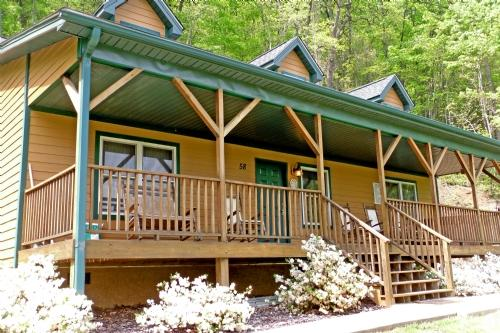 Among the Clouds ~ Exterior - Among The Clouds- In Pisgah Forest! Fantastic Views While Soaking in the Hot Tub! - Candler - rentals