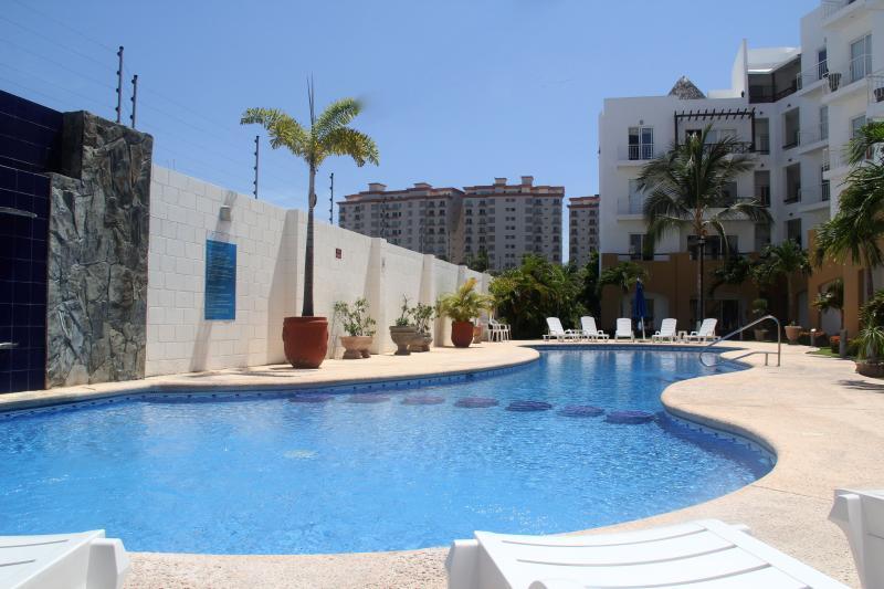 Heated pool at Villas Marina Gardens - Palmera: Villas Marina Gardens 110 - Mazatlan - rentals
