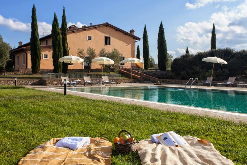 17 bedroom Villa in Montaione, San Gimignano, Volterra And Surroundings - Image 1 - Corazzano - rentals